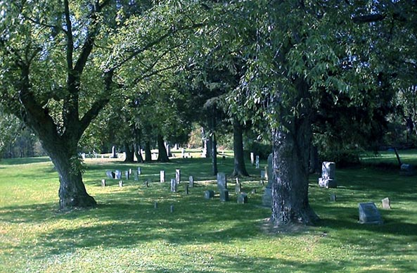 Rogers Cemetery, photo by Cheryl Maybee Smith, © 2001